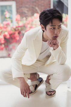 Korean Male Actors, Korean Celebrities, Celebs, Korean Face, Korean Men, Drama Korea, Korean Drama, Asian Hotties, Kdrama Actors