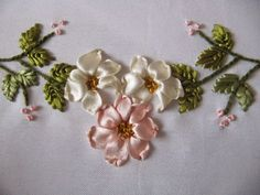 Wonderful Ribbon Embroidery Flowers by Hand Ideas. Enchanting Ribbon Embroidery Flowers by Hand Ideas. Ribbon Embroidery Tutorial, Floral Embroidery Patterns, Silk Ribbon Embroidery, Embroidery Stitches, Ribbon Art, Ribbon Crafts, Band Kunst, Lace Beadwork, Flower Fairies