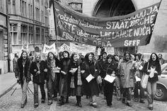 Fribourg, 1978 Manifestation nationale pour la journée des femmes © Helga Leigundbut