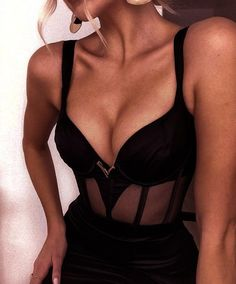 Hot Outfits, Club Outfits, Night Outfits, Trendy Outfits, Fashion Outfits, Womens Fashion, Aesthetic Fashion, Look Fashion, Aesthetic Clothes