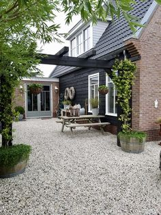 , Terrace of gravel rural small garden inspiration # Dutch house # Garden paths There are plenty of stuff that could lastly comprehensive your current backyard, including an. Diy Pergola, Patio Diy, Wooden Pergola, Pergola Ideas, Iron Pergola, Small Pergola, Cheap Pergola, Small Garden Inspiration, Quick Garden