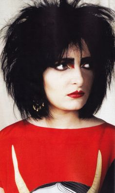 "Happy Birthday Siouxsie Sioux of Siouxsie and the Banshees and The Creatures!(Thanks for letting Chris Pfanner use ""Fireworks"" for his part in Vans Propeller) Siouxsie Sioux, Siouxsie & The Banshees, 80s Goth, Punk Goth, Women Of Rock, Gothic Rock, Music Film, 80s Music, Music Photo"