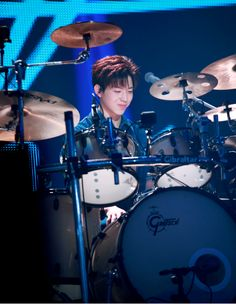 Jyp Fans, Day6 Dowoon, All About Kpop, Hot Band, Band Photos, Korean Bands, Tumblr Boys, Drums, Concert