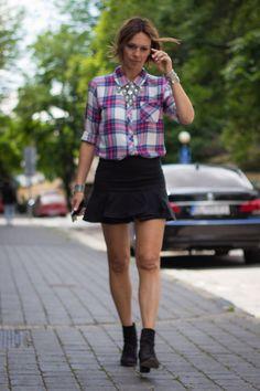 go short or go home I Rails Hunter plaid shirt I Lindex necklace I Miu Miu skirt I Rag&Bone ankle boots I #streetstyle #poin41