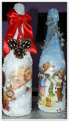 Добрый вечер Страна! Давно не показывала свои работы,но к любимым мастерам на странички забегала часто)  Новый год не за горами,поэтому пора начать подготовку,фотографий много запасайтесь терпением!  фото 7 Wine Bottle Art, Painted Wine Bottles, Lighted Wine Bottles, Wine Bottle Crafts, Christmas Decoupage, Christmas Crafts For Kids, Christmas Art, Christmas Centerpieces, Christmas Decorations