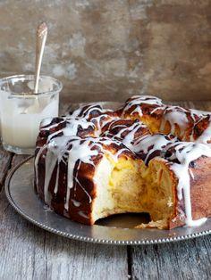 Prinsessekake  #prinsessekake #princesscake #påske #påskebakst #easter #easterbaking #scandi #scandibaking #hygge #comfortfood #noetilkaffen #baking #homebaking #hjemmebakst #boller #søtgjærbakst #gjærbakst #bakst Vanilla Custard, No Bake Desserts, Coffee Cake, Cake Cookies, Nutella, Food To Make, Food And Drink, Pudding, Yummy Food