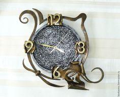 Кованые часы Модерн Blacksmithing, Wrought Iron, Metal Art, Metal Working, Pocket Watch, Sculptures, Metals, Clocks, Handmade