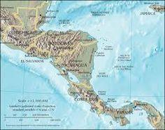 América Central, también llamada Centroamérica o América del Centro, es un subcontinente que conecta América del Norte con América del Sur. Rodeada por el océano Pacífico y el océano Atlántico. Políticamente se divide en los siete países independientes de Guatemala, Belice, Honduras, El Salvador, Nicaragua, Costa Rica y Panamá.6 Desde el punto de vista fisiográfico, algunos geógrafos delimitan la región entre el istmo de Tehuantepec en México y el istmo de Panamá.