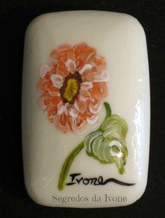 SA43-  Pintura em sabonete - motivo floral