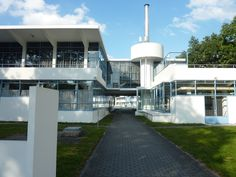 Duiker, dutch architect : zonnestraal.  foto willy van der steen.