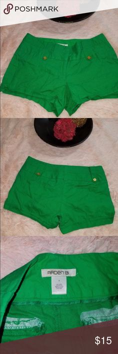 Arden B Women's Size 4 Green Shorts Nice green mini shorts Arden B Shorts