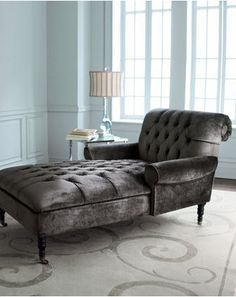 A Chaise Longue for Daytime Lounging.