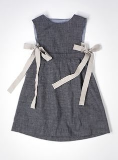 pinafore dress....like the side ties