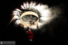 2012-07-06 Theater Tol - Fietsen in de Hemel (Deventer Op Stelten)  Afsluiting met vuurwerk