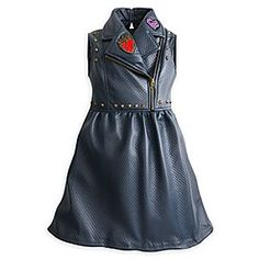 [Pretty poison]Rebel against everyday fashion in this leather look quilted dress with biker style detailing, spiked studs, zippers, a cloisonné heart brooch and embroidered dragon appliqué inspired by Mal and Evie of <i>Descendants 2</i>.