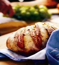 Five Minutes a Day for Fresh-Baked Bread (This article is lengthy and includes the Recipe; but teaches you how to make this easy bread to keep on hand for fresh homemade bread anytime) Going to try this Real Food Recipes, Great Recipes, Favorite Recipes, Yummy Recipes, Baking Bread At Home, Do It Yourself Food, Artisan Bread Recipes, Paleo, Baking Stone