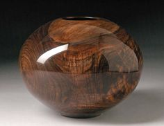 Matt Moulthrop Black Walnut Sphere, 2006 / pin - dog