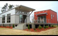 7 affordable green starter homes - gray and orange modular homes Green House Design, Casas Containers, Clayton Homes, Starter Home, Shipping Container Homes, Shipping Containers, Little Houses, Bungalow, Building A House