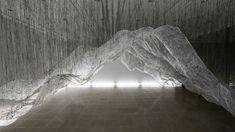 Skulptur / Installation aus Plastikfolie
