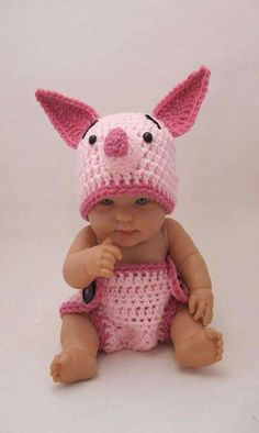 the CoOl Kids - New moms take a look at this adorable crochet Piglet Disney outfit for your new baby from KreativeKroshay. Whether you have a baby boy or baby girl, you will love these Disney baby outfits from Etsy. Crochet Bebe, Knit Crochet, Crochet Hats, Crochet Outfits, Crochet Woman, Knitted Baby, Crochet Baby Costumes, Free Crochet, Crochet Pattern