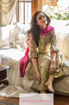 Home - Maisara Clothing Simple Pakistani Dresses, Pakistani Dress Design, Indian Gowns Dresses, Pakistani Fashion Casual, Pakistani Outfits, Indian Outfits, Designer Party Wear Dresses, Kurti Designs Party Wear, Indian Designer Suits
