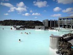بلو لاجون في أيسلندا أروع مكان على وجه الأرض