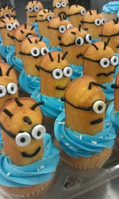 Minions Cupcakes from The Cupcake Lady Truck in California