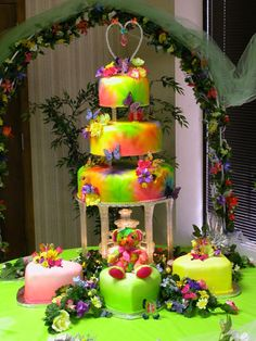 Cake Wrecks - Home - Weird Wedding Cakes Tacky Wedding, Our Wedding, Dream Wedding, Wedding Stuff, Wedding Dress, April Wedding, Whimsical Wedding, Wedding 2015, Friend Wedding