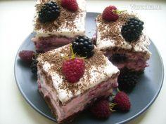 Svieže malinovo-tvarohové nepečené rezy (fotorecept) - recept | Varecha.sk Tiramisu, Nom Nom, Cheesecake, Good Food, Food And Drink, Sweets, Ethnic Recipes, Desserts, Tailgate Desserts