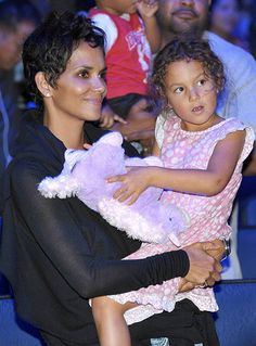 Smiling Halle Berry Steps Out With Nahla After Gabriel Aubry, Olivier Martinez Brawl