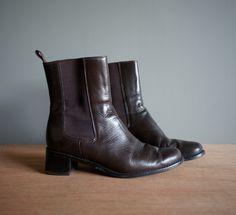 Vintage 90s Ann Taylor Pull up BROWN Boot US por heightofvintage, $24,00