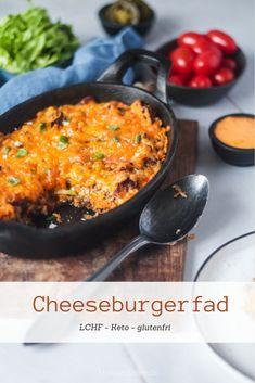 Cheeseburgerfad - lækker og nem hverdagsmad med smag af cheeseburger (jo, den er god nok!) Burger Mix, Keto Recipes, Dinner Recipes, Everyday Food, Lchf, Tapas, Macaroni And Cheese, Food Porn, Food And Drink