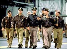Los hombres más calientes Celeb in Uniform: Josh Hartnett, Ben Affleck y Alec Baldwin