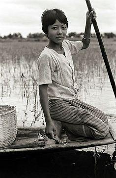 By Arnaud Lizeray instants.lizeray.org #myanmar #birmanie #mandalay #nyangu #nyaungshwe #yangon #bagan