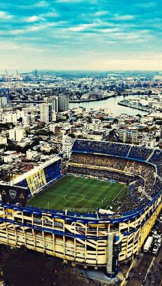 One of the best sports in the world is soccer, also known as football in numerous nations around the world. Football Stadiums, Football Team, Escudo River Plate, Stadium Wallpaper, Soccer Skills, Football Photos, Play Soccer, The World's Greatest, Best Games