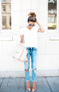 Shopbop is having another one of their big sales–save up to 25% off with the code GOBIG17. It'stime to stock up on great basics. This sale happens to fall two weeks before my trip toPortuga…
