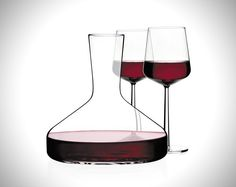 Very cool, almost science-like wine decanter.   http://www.winedecanterworld.com/project/trendy-glass-decanter/ #wine #decanter #WineDecanter