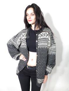 Vintage Wool Knit Grey Gray White Geometric Winter Kofte Cardigan by Ramaci