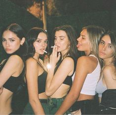 Likes, 113 Comments - Outfits Inspo Cute Friend Pictures, Best Friend Pictures, Bad Girl Aesthetic, Summer Aesthetic, Bff Goals, Best Friend Goals, Cute Friends, 5 Best Friends, Teenage Dream