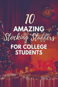 These stocking stuffer ideas for college students are perfect for the holiday season! Everyone will appreciate these stocking stuffers for college students! College Freshman Tips, First Year Of College, Highschool Freshman, Scholarships For College, College Life, College Students, College Hacks, College Graduation, College Necessities