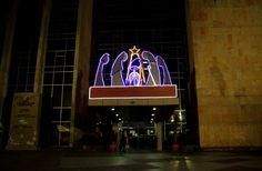 Nacimiento edificio del Magap de Quito, Ecuador. Nacimiento echo de madera en la entrada principal del edificio del Ministerio de Agricultura en las avenidas Amazonas y Eloy Alfaro.