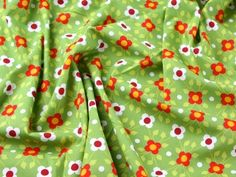 Toddler Ivy Retro Floral Print Cotton Poplin Dress Fabric Green | Fabric | Dress Fabrics | Minerva Crafts