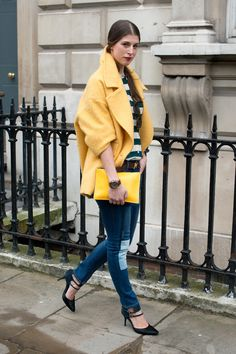 It's all about the color story in this sunny look. Street Style at London Fashion Week #LFW