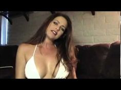 ▶ Sexy Babe Smoking and Teasing. Sexy Fumando y Bromea. - YouTube