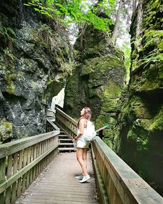 North America's Smallest Jailhouse Near Toronto Is The Perfect Summer Road Trip - Narcity Weekend Trips, Day Trips, Best Places To Travel, Places To Visit, Hiking Spots, Hiking Trails, Hiking Gear, Ontario Parks, Canadian Travel