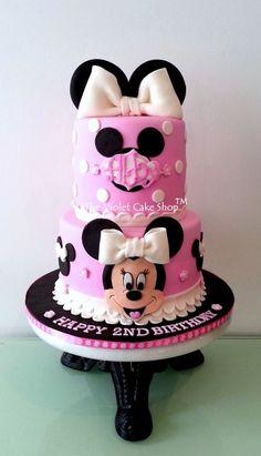 MINNIE Dress Cake with 2D Minnie Face & Ears