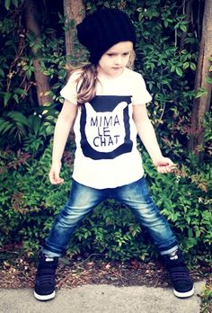 love this black n white cat tee from Mini & Maximus