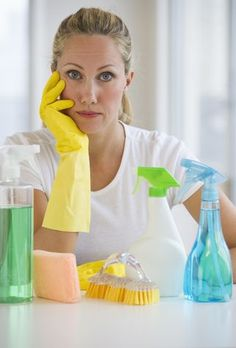 Woman in kitchen holding sponge, eyes closed Organization Hacks, Clean House, Housekeeping, Decluttering, Cleaning Supplies, Sweet Home, Good Things, Tips, Women