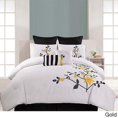 The Pinecrest embroidered 8-piece comforter set includes everything you need to complete your bedding ensemble in a stylish and coordinated fashion. Made of 100-percent cotton, this set is machine washable for easy care and repeated use.
