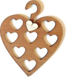 It's Not That Difficult To Get Into Woodworking - Pasion Infinita - Home Decorations Tips, Home Decor Tips, Home Improvement Tips Woodworking In An Apartment, Learn Woodworking, Woodworking Crafts, Teds Woodworking, Scarf Organization, Scarf Hanger, Decoupage, How To Make Scarf, Cnc Projects
